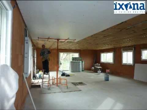 Pose dun plafond suspendu en plaques BA13 - YouTube
