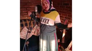 Cover lagu hujan utopia band