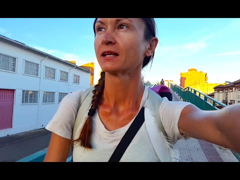 Leon (Spain) + Night walk | CAMINO FRANCES Ep.11| Santiago July 2018