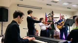 Новая песня «Сердце отца» поёт отец с семьей    Перебиковские