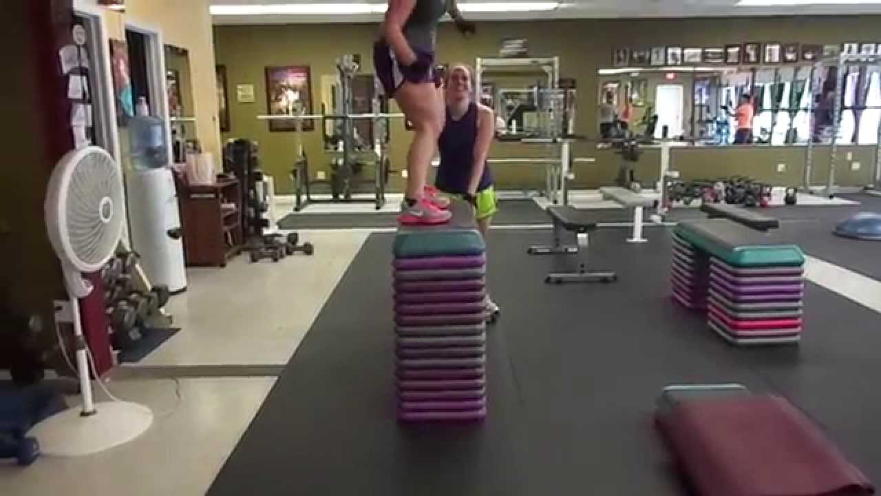Laura 34 Inch Bench Jump She Is 5 Foot 1 Inch Tall Youtube