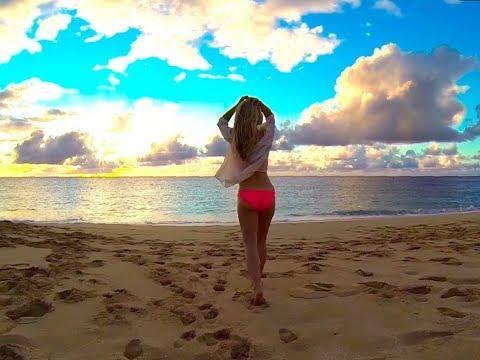 Hawaii beach bikini by Lidi Keena