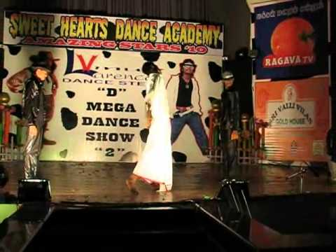 pondy  sweet hearts dance academy comedy track.wmv