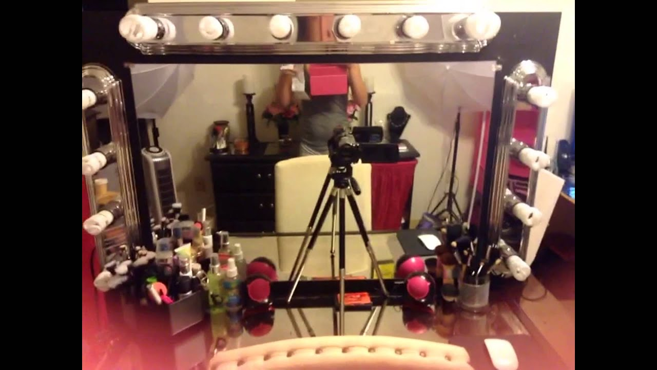 DIY Makeup Vanity With Lighting! - YouTube