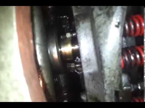 Ajustando el clutch de este Massey Ferguson 275
