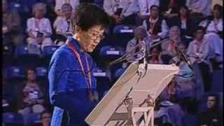 2/3 El Obispo Cautivo - Hermana del Cardenal François Xavier Nguyen