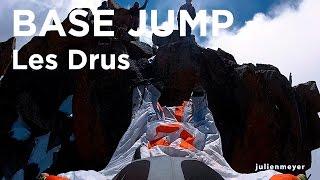9111_ Le Petit Drus Chamonix Mont-Blanc premier saut en base jump wingsuit Julien Meyer