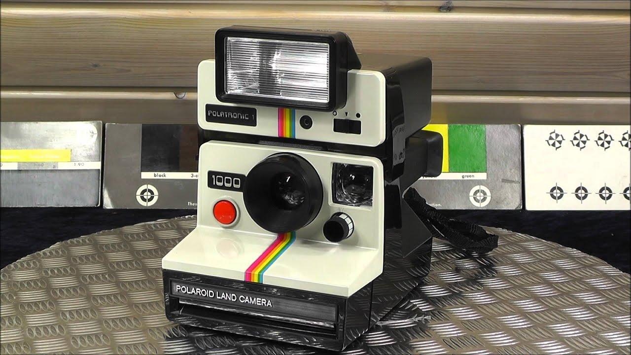 polaroid land camera 1000 with polartronic 1 flash 2351 sx 70 film 1970 hippie cult youtube. Black Bedroom Furniture Sets. Home Design Ideas