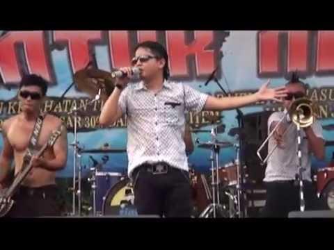Tipe X - Mawar Hitam (Live at Mayday Fiesta 2014 FSPMI Purwakarta)