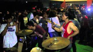 Backdoor - Biarkan (Live at Istana Manceuri 2015)