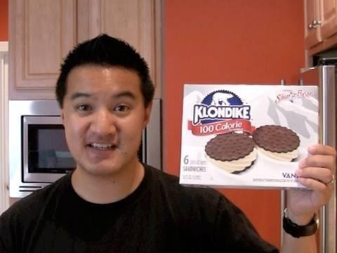 Review of Klondike 100 Calorie Vanilla Ice Cream Sandwich: Freezerburns (Ep350)