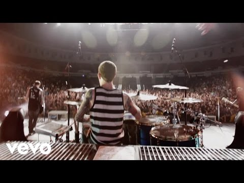 "A Day To Remember - ""All Signs Point To Lauderdale"" Live In San Diego (Apr 2011)"