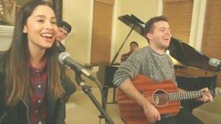 """Evan Craft & Nicole Garcia - """"Emanuel (Dios Aquí)"""""""