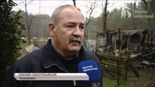 Brand verwoest stacaravans Nunspeet