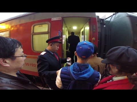 """China 2015 / 10# Xi'an - airport - Shanghai - """"přesun"""" vlakem / Čína jak bez cestovky?"""