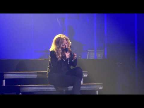 Lara Fabian - Live au Palais des Congrès (Paris) - L'oubli - 03.06.16