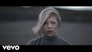 AURORA - Running With The Wolves