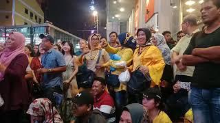 Suasana damai dan meriah di Bukit Bintang