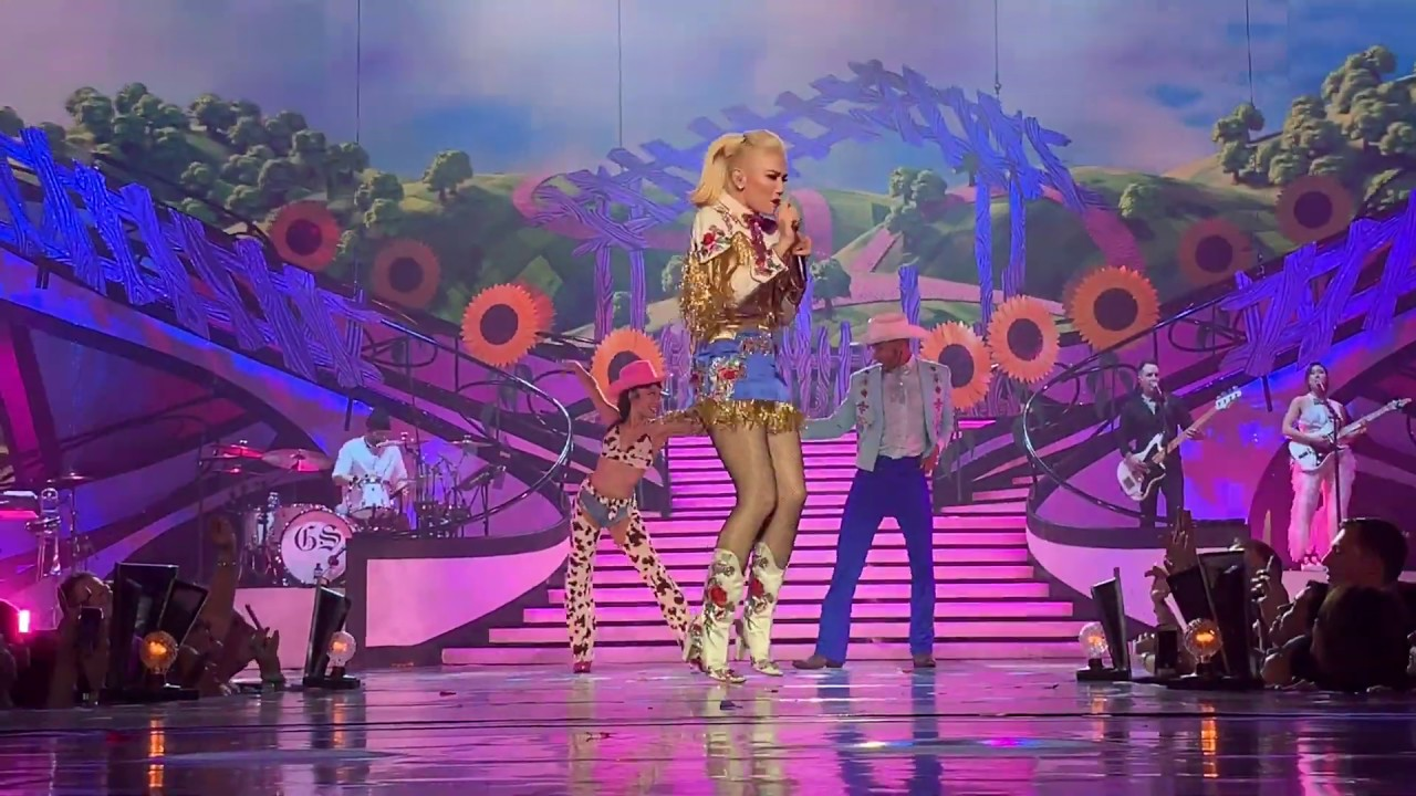 Gwen Stefani - Interlude #4 + Make Me Like You (03.06.2019)