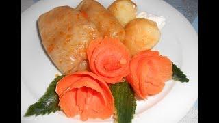 Голубцы по мамину рецепту.......готовила в мультиварке !Украшения блюд- цветы из  моркови.