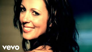 Sara Evans – Suds In The Bucket Video Thumbnail