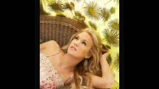 Carrie Underwood - Cowboy Casanova With Lyrics!