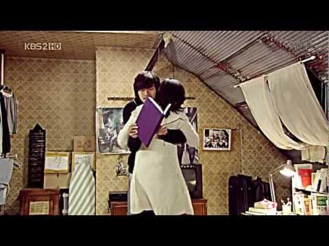 The Snow Queen Ep. 14 - Cute Hug Scene