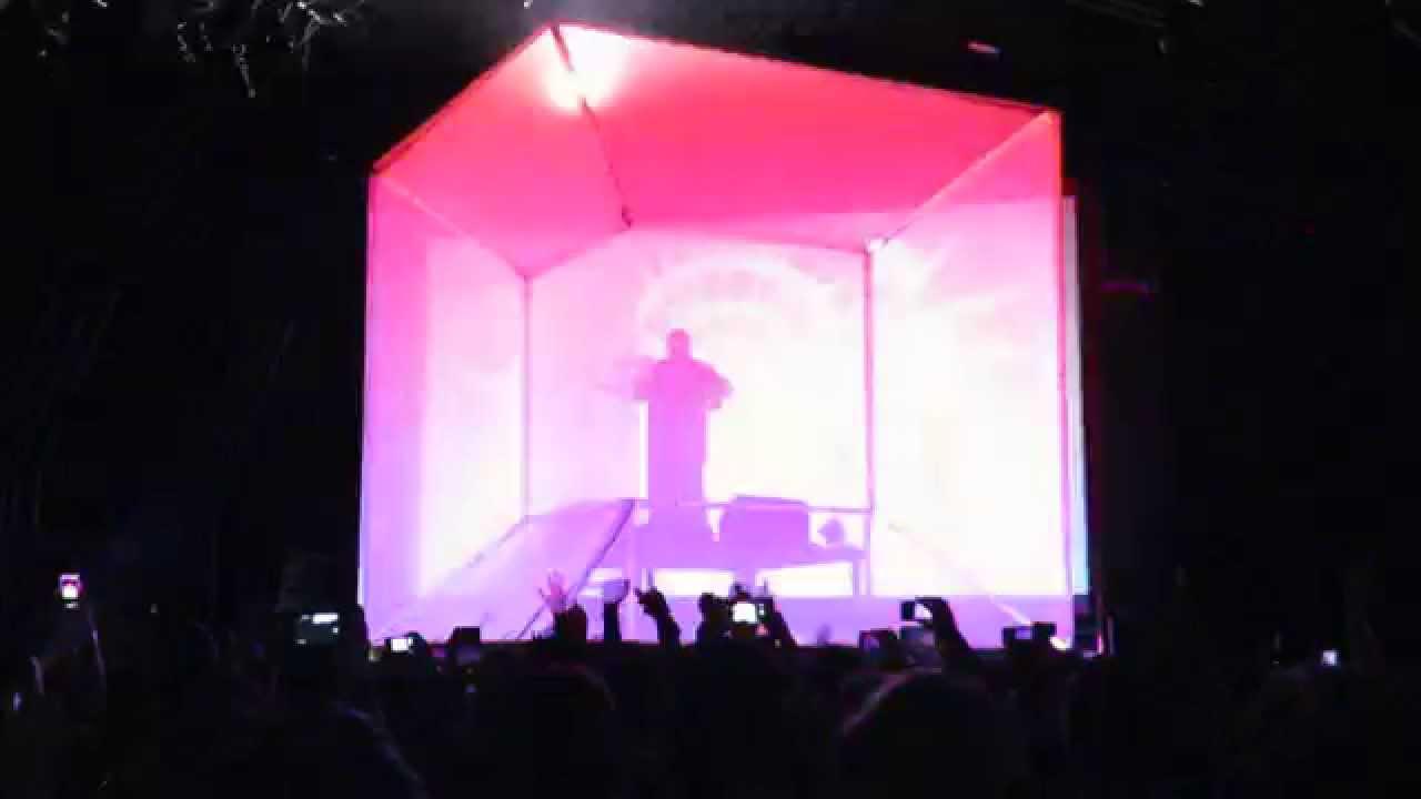 Flying Lotus Stage