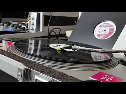 Ronin – Luxuru (FULL EP)
