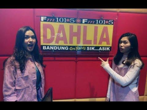 RAISA X ISYANA - ANGANKU ANGANMU (LIVE DI RADIO DAHLIA FM BANDUNG)