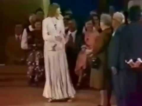 Kathryn Kuhlman healings,miracles and anointing power.mp4