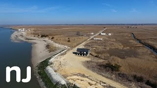 Few remain in the once thriving bayshore town of Seabreeze