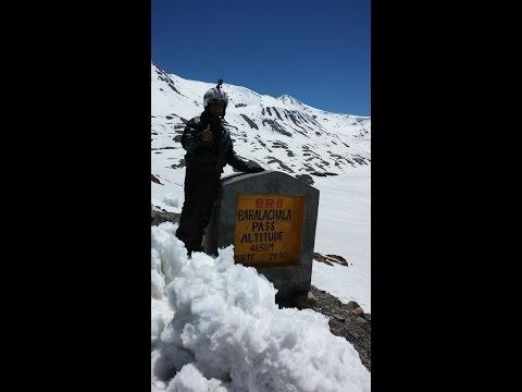 Himalaya - Climbing Baralachla Pass