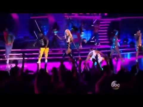 Britney Spears & Iggy Azalea - Pretty Girls | Billboard Music Awards 2015