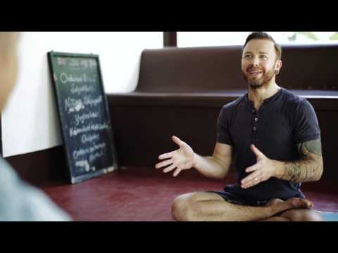 Different Asana approaches between the Ashtanga and Iyengar Methods