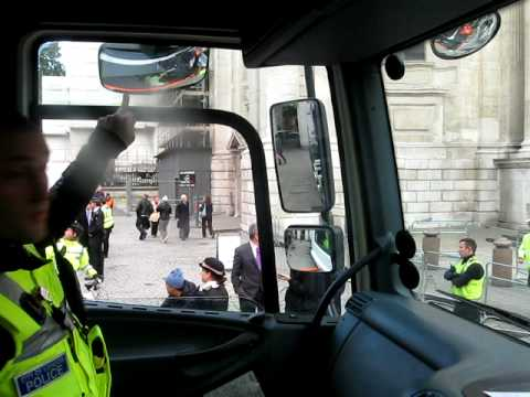 Exchanging Places: In Cab with police officer discussing cyclist visability