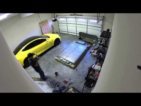 Tesla 85kWh Battery Pack Tear Down Time Lapse