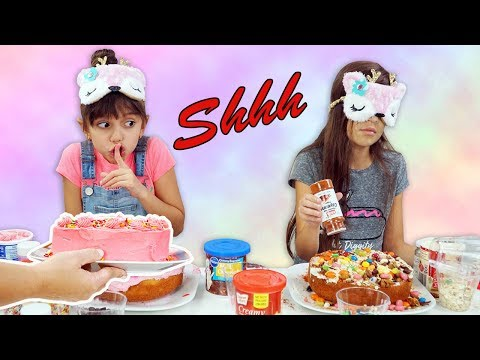 Evelyn and Mom CHEATED!!! Blindfolded Cake Challenge!