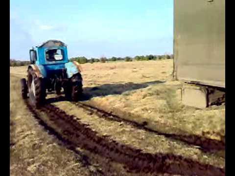 Гонки по бездорожью на машинах и грузовиках