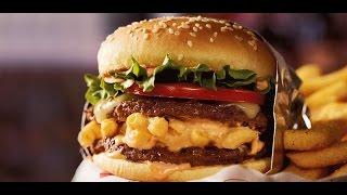 Red Robin Buzz Mac N' Cheese Tavern Double Burger Review - CarBS