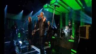 Gang Of Four - I Love A Man In Uniform (Live on Jools Holland)