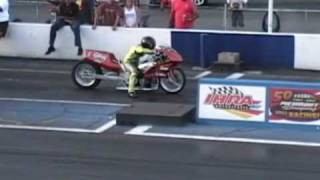 Video Drag bike rides 1/8th mile wheelie download MP3, 3GP, MP4, WEBM, AVI, FLV November 2017