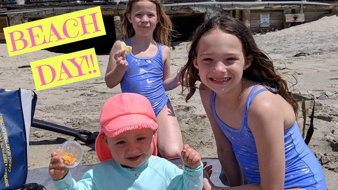Beach Day with Tic Tac Toy! - YouTube