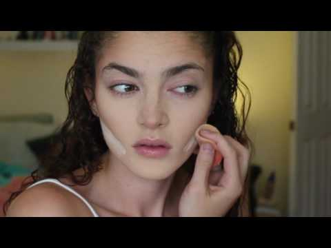 Natural Makeup Tutorial: Covering Acne n ish