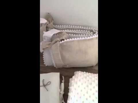 tour de lit bebe blanc et beige achat vente tour de lit bebe blanc et beige pas cher youtube. Black Bedroom Furniture Sets. Home Design Ideas