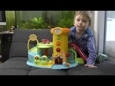 Игрушка Гараж для машинок с горкой, с мойкой, с лифтом и светофором