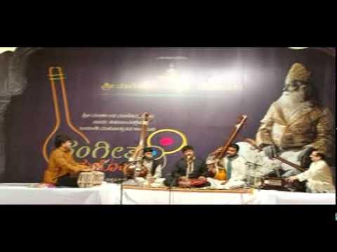 Rashid Khan at Maniknagar - Raag Puriya Kalyan