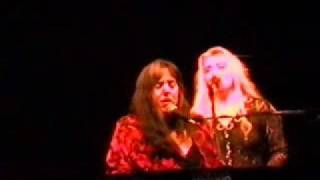 Laura Nyro 16 Blowin Away & Wedding Bell Blues