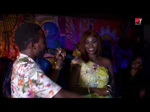 Anniversaire Yacine Mboup -  la belle prestation de Sidy diop