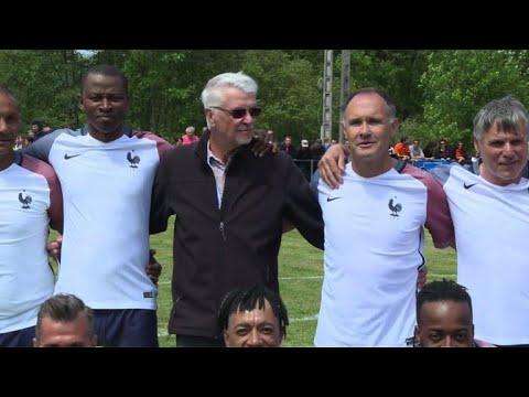 20 ans après, le village d'Aimé Jacquet revit la victoire de 98